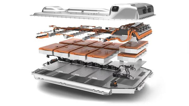 试驾宝马iX3,他说:这是市面上最好的三款电动车之一!