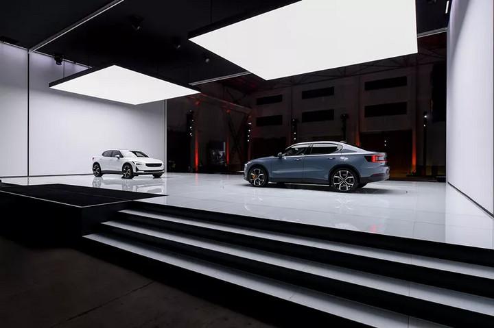 29.8万元起的Polestar 2,是传统豪华品牌造智能电动车的范本?
