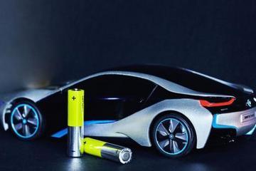 动力电池企业如何应对补贴退坡?