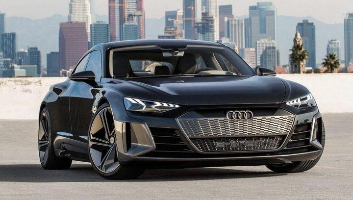 Audi e-tron GT concept in kinetic dust