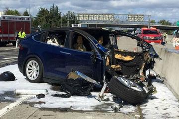 Model X 致命车祸初步调查结果出炉,我们发现了这些未解细节