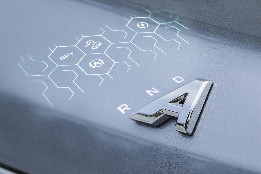 一电试车 大玩极简的几何A 一副素面之下内涵惊人