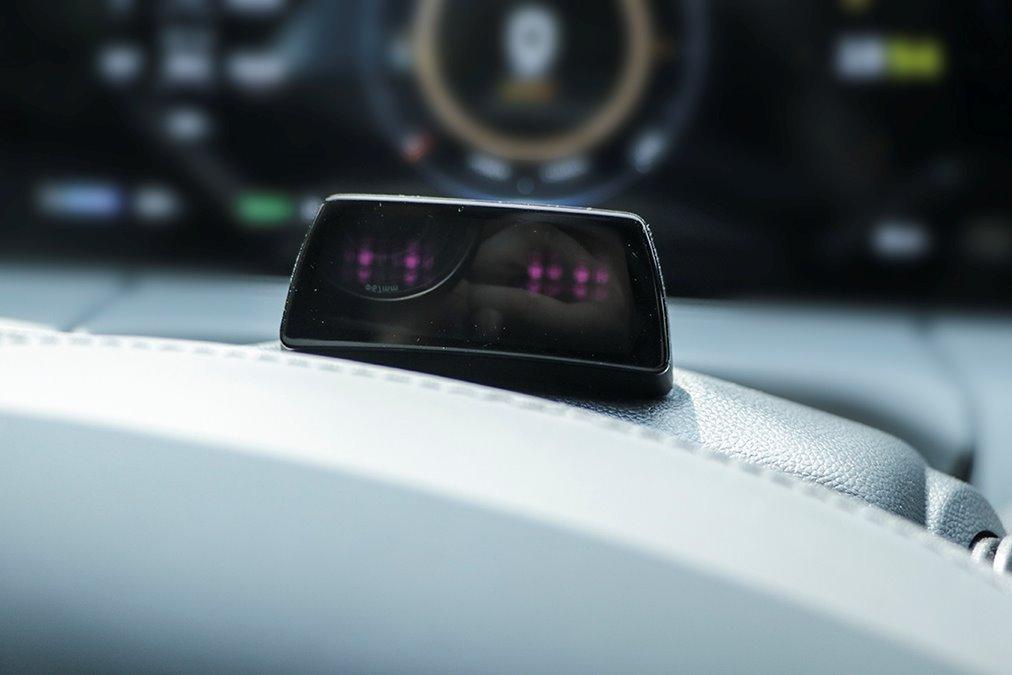 电动嘚吧嘚 | 一台真正的智能汽车需要几颗摄像头?