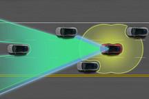 特斯拉正测试在交通信号灯和环岛情况下自动驾驶功能