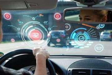 安全互联可自动驾驶 我们需要怎样的智能汽车?