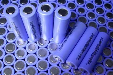 财政部:2019年起取消新能源车用电池等进口暂定税率