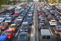 新能源汽车保有量达261万辆,全年增加107万
