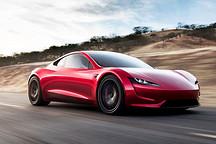 特斯拉全新纯电跑车 续航超1000km/134.8万元起售