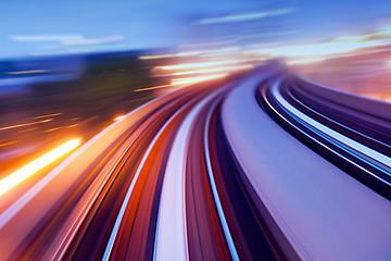 全球新能源汽车前沿技术出炉 车载5G/电池电驱技术均在列