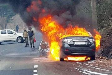 同样是起火燃烧,燃油车和电动车有哪些区别呢?