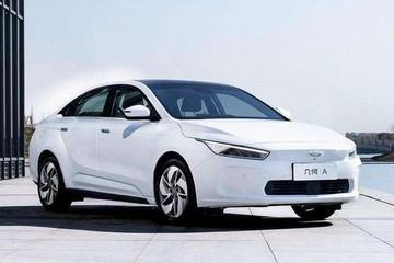 吉利11月新能源及电气化车型销量14135辆,环比增长37%