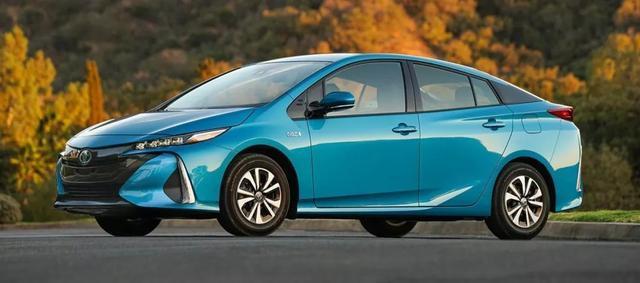 丰田开放混动技术,是燃油车的最终垂死挣扎