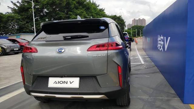 埃安 V 能代表中国电动汽车?试驾后你就知道了
