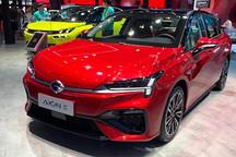 2021上海车展:新款广汽埃安AION S亮相