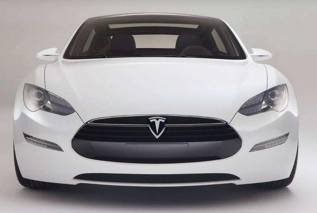 马斯克:特斯拉将在2020年底具备全自动驾驶能力