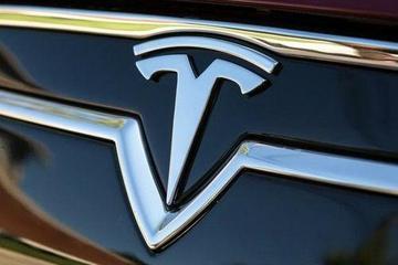 马斯克:为提高生产效率 特斯拉汽车可选配色将减少2种