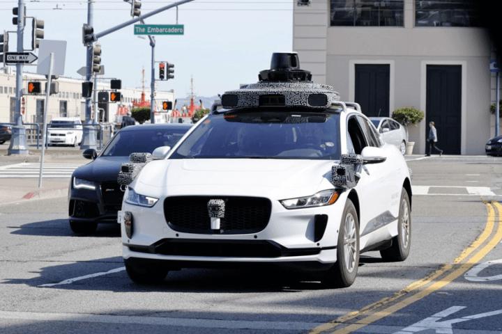 科技巨头们倒在了汽车圈的门口
