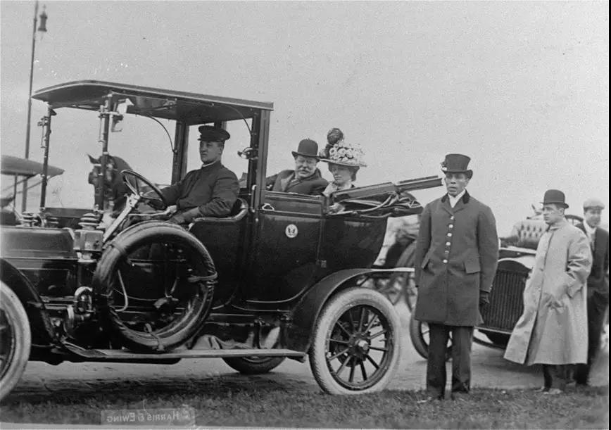 100年前的电动车生活