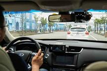 自动驾驶汽车可能淘汰超速罚单和交通信号灯