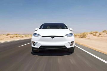 【新车驾到】2019年,特斯拉Model X将面临哪些SUV车型的挑战?