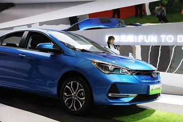 电动标兵,新款艾瑞泽5e正式亮相上海国际车展