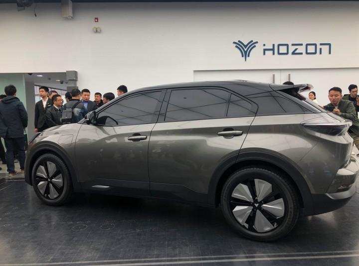 "EV晨报   特斯拉Model 3全国开始交付;合众第二款量产车""U""亮相;比亚迪e系列发布"