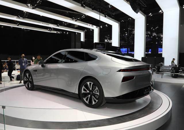 2019上海国际车展新智能候选车型——小鹏P7