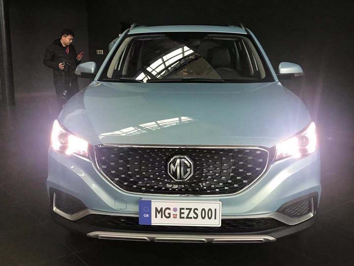 全国首辆名爵ZS纯电SUV到店实拍 3月正式上市/续航428km
