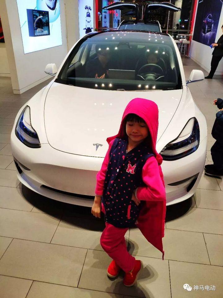 车主角度来聊聊 特斯拉金融街店model 3高性能版试驾体验