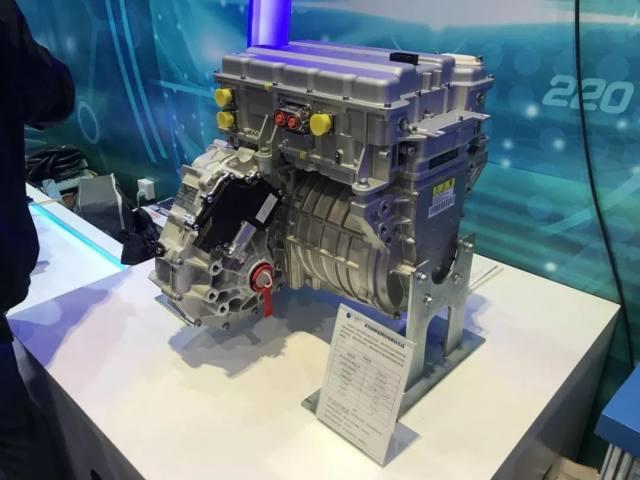 自主燃料电池发动机亮相科技展!加氢5分钟,续航450公里