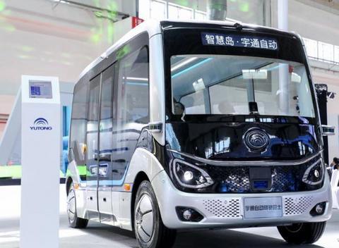 车重减轻79%,体积减小189%,宇通客车携氢燃料客车F8亮相运输展