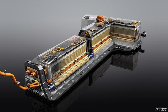 """动力电池纳入""""三包""""后,还有必要买自燃险吗?专家:看质保时间"""