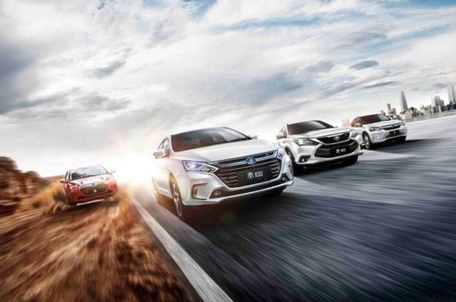 在开新能源纯电汽车的时候,有什么特别需要注意的?