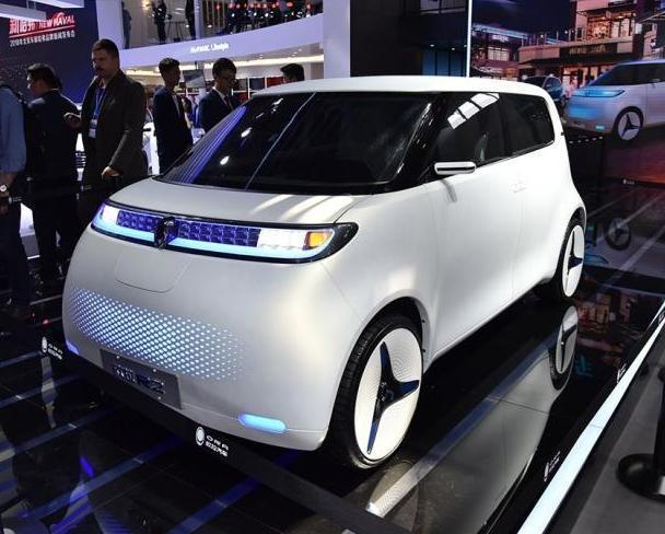 广州车展前瞻:欧拉R2亮相,外观可爱内部空间不小