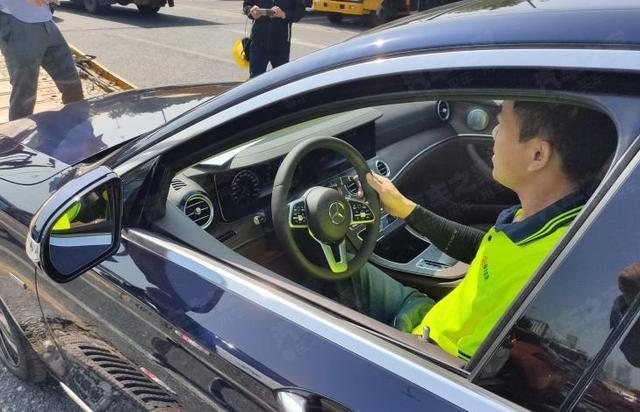 广州车展前瞻:搭2.0T发动机,奔驰E级新能源亮相