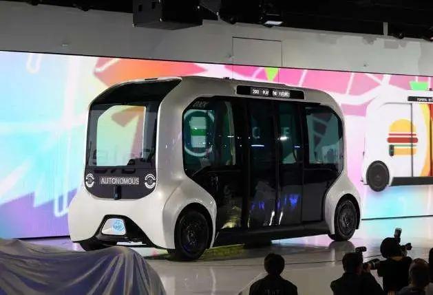 谁将主宰未来新能源汽车:氢燃料电池 or 固态锂电池?