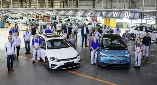 百年汽车工厂转型电动化,大众积极布局,还会给奥迪制造电动车
