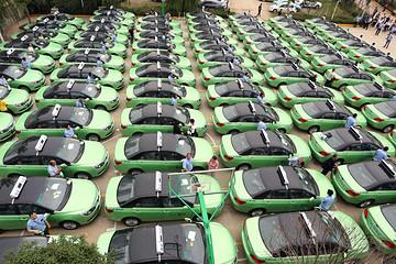 一大批新能源车电池进入回收期,20万吨退役电池该何去何从?