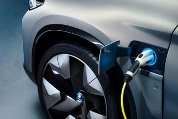 续航440km的全新宝马纯电SUV,真的能脱颖而出?