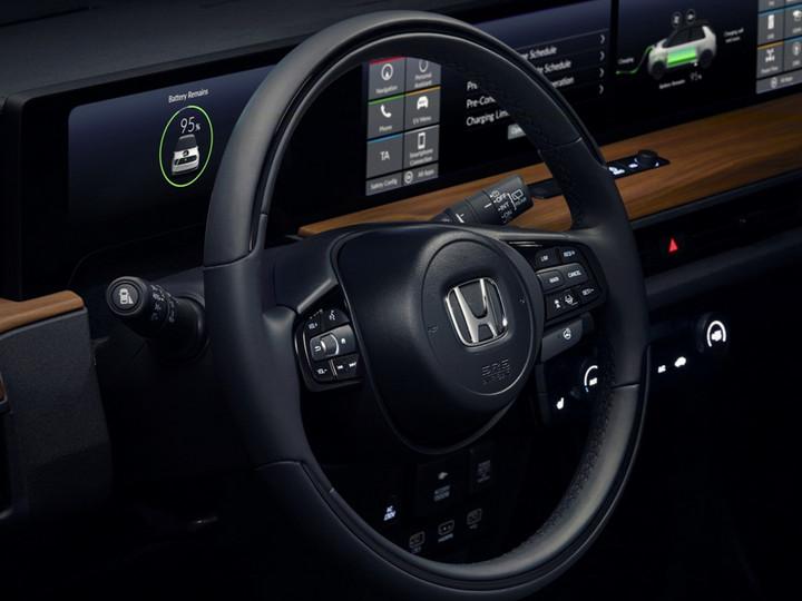 Honda-e_Concept-2019-1600-09-2.jpg