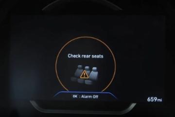 夏季车内中暑而亡悲剧或可避免!现代汽车2022年车型将标配后座警报系统