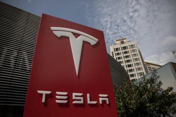 松下一季度利润降幅超预期 谨慎投资特斯拉电池产能