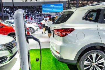 三问新能源汽车产业现状:技术如何?产能如何?
