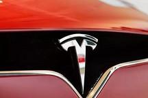 现场拆解特斯拉,7104节电池弄懵修车工:这是新能源车的老大哥?