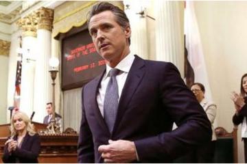 加州州长签署新劳动法:迫使Uber将司机转正为员工