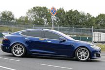 马斯克:Model S Plaid车型或明年10月投产 配三个电动机