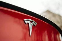 权威主动刹车测试:特斯拉Model 3屡屡撞翻假人,成绩糟糕
