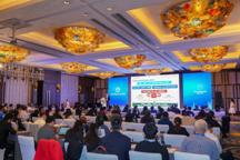 """探索、创新、突破:中外汽车精英齐聚2019""""中国拥抱世界""""汽车产业创新论坛"""
