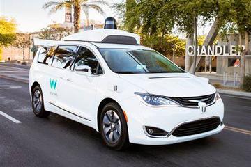 Waymo重组在美业务,加速无人驾驶出租车落地