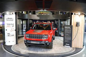 Jeep全球总裁慕克:未来两年全系车型实现插混或纯电动